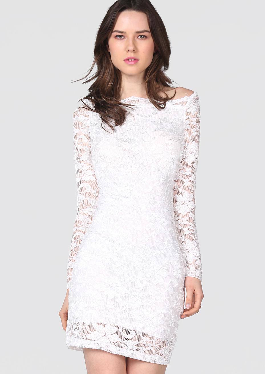 robe blanche dentelle pour une soir e. Black Bedroom Furniture Sets. Home Design Ideas