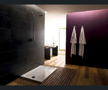 douche italienne dans chambre. Black Bedroom Furniture Sets. Home Design Ideas