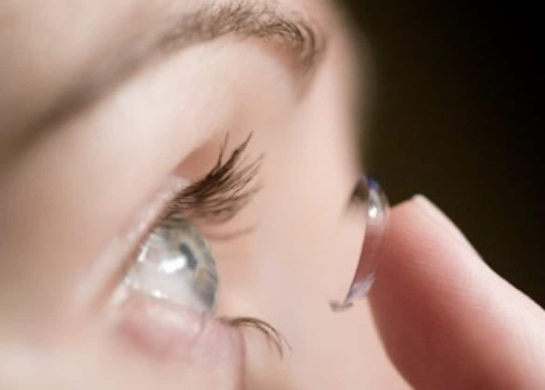 Lentille de contact : lunettes ou lentilles ?