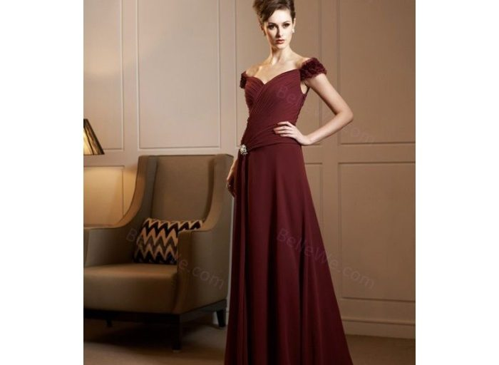 robe cocktail bordeaux