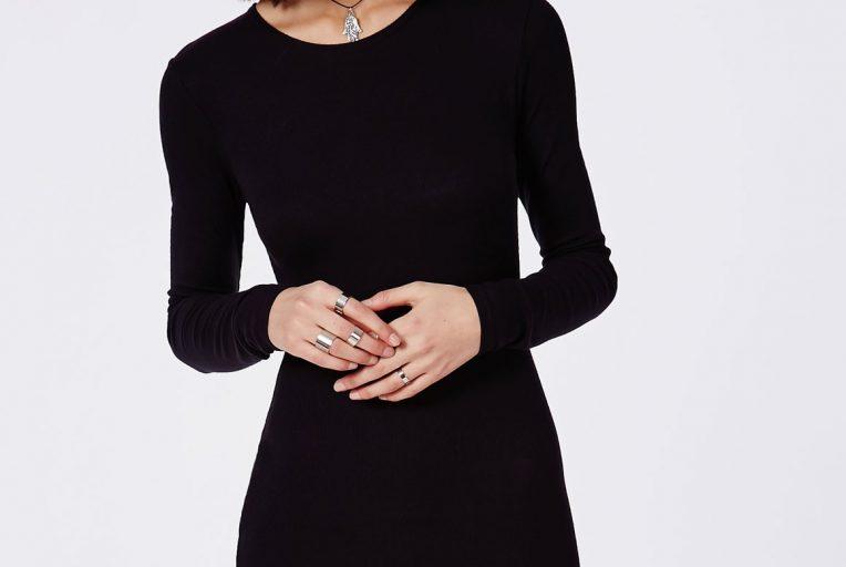 robe noire manche longue