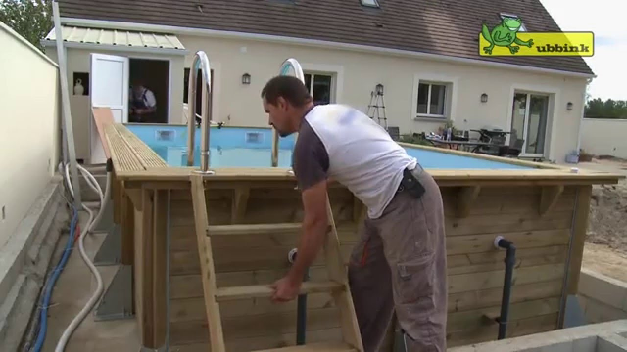 faire construire une piscine il faut penser aux co ts cach s. Black Bedroom Furniture Sets. Home Design Ideas